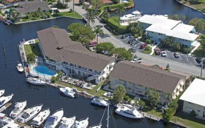 Shingle Roof- Waterfront Community